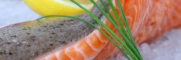 Hay fever Sufferers - Natural Ways to get relief this Summer. Eat 3 portions of oily fish every week!